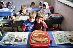 خودباوری راه پایان مشکلات دانشآموزان روستایی و عشایر/ فراهم کردن بستر لازم برای شکوفایی استعدادها