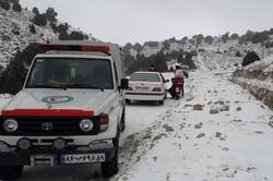 رهاسازی ۵۰۰ خودرو از برف و کولاک/امدادرسانی به ۷۶۱۶ نفر