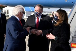 بومبيو يصل فلسطين المحتلة تحضيراً لقمة ثلاثية أمريكية بحرينية صهيونية