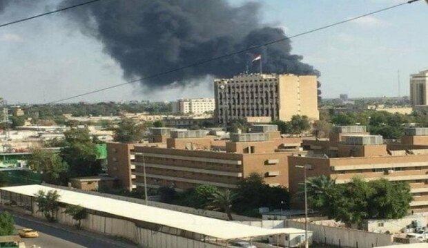 """فصيل """"أصحاب الكهف"""" يدك السفارة الامريكية في العراق بصواريخ جديدة"""