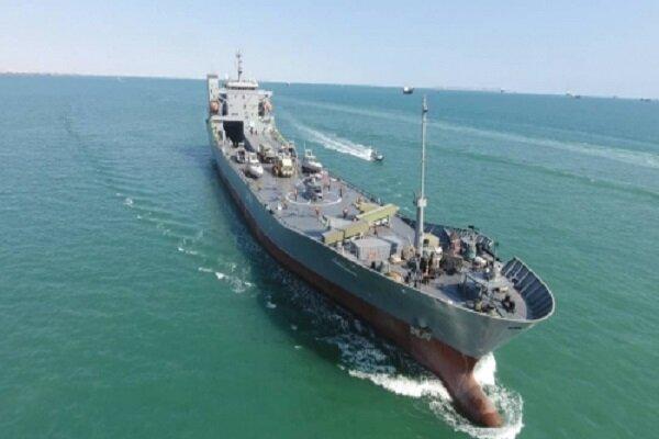 بارجة عابرة للمحيطات تنضم إلى القوة البحرية للحرس الثوري