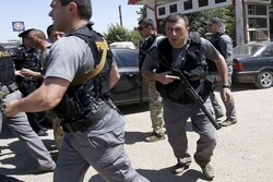فردی مسلح در «تفلیس» گرجستان ۲ نفر را به گروگان گرفت