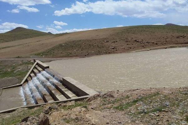 اگر اختیار داشتم بودجه قابل توجهی را به آبخیزداری اختصاص می دادم