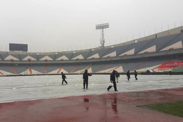 10,000 football fans can see Iran-S. Korea match in stadium