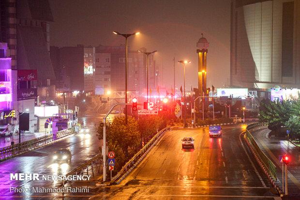 میدان صادقیه- ساعت 21:18