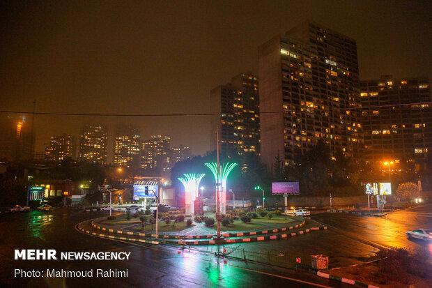 میدان صنعت- ساعت 21:37