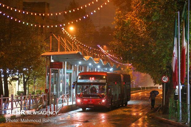 خیابان ولیعصر- ساعت 22:05