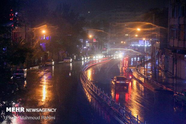 خیابان شهرداری- ساعت 22:23
