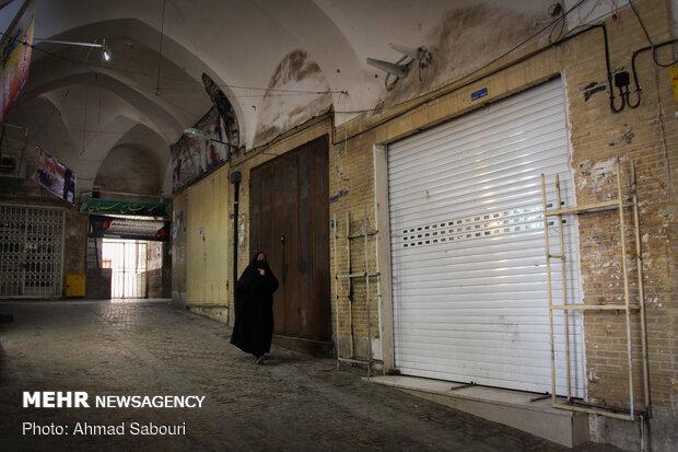 بسته بودن مغازه ها و مشاغل غیر ضروری در شهر سمنان