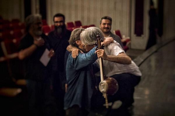 اوج، مایکل جکسون و چند خرده شایعه دیگر!/ پیام تبریکی برای «کیهان»