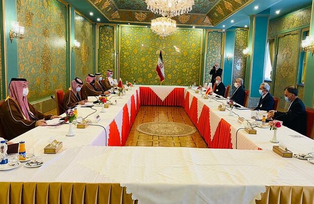 7th Iran-Qatar Joint Economic Commission meeting kicks off