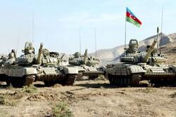 Azerbaycan ordusu 27 yıl sonra Kelbecer'e girdi