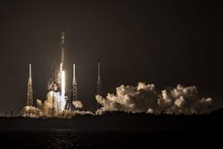 اسپیس ایکس ۶۰ ماهواره اینترنتی را به مدار زمین برد