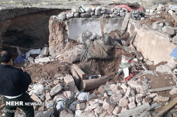 ۲ کارگر ساختمانی بر اثر ریزش آوار در ساوه جان باختند