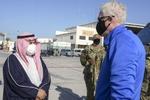 سرپرست پنتاگون با همتای خود در بحرین دیدار کرد