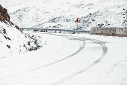 بحران برف در آذربایجانغربی/برق ۲ شهر قطع شد