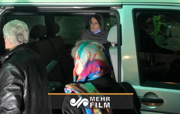 ایران کے تین تاجروں کے بدلے میں آزاد ہونے والی صہیونی جاسوس خاتون کی مزید تصویریں