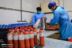تهیه ۵۰۰ لیتر آبمیوه تازه برای بیماران کرونایی در کرمانشاه