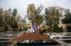 خاکسپاری مرحوم پرویز پورحسینی