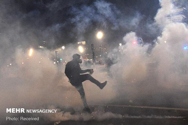 فرانس میں حکومت کے خلاف ایک بار پھر پُرتشدد مظاہرے پھوٹ پڑے