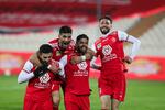 دیدار تیم های فوتبال پرسپولیس تهران و شهر خودرو مشهد