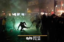 فرانس میں حکومت کے خلاف احتجاج اورمظاہرہ جاری
