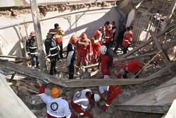 وخامت حال ۲ نفر از مصدومان حادثه انفجار در خرمآباد/ یک نفر زیر آوار است