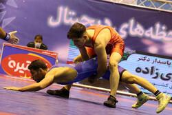 بازار بزرگ ایران قهرمان لیگ برتر کشتی فرنگی شد