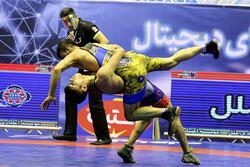 صعود بازار بزرگ ایران به فینال لیگ برتر کشتی فرنگی