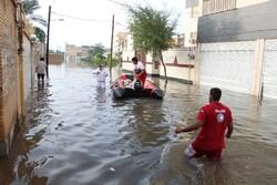 امداد رسانی در ۴ شهر آبگرفته خوزستان ادامه دارد