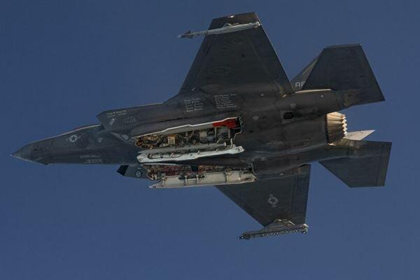 استقبال آمریکا از طرحِ یونان برای خرید ۲۴ فروند جنگنده «اف-۳۵»