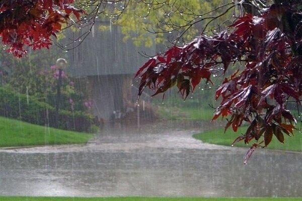 بارندگی های بهاره ادامه دارد / نوسانات دمایی در سواحل دریایی