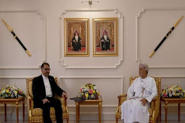 Iran extends hand of friendship to regional countries: envoy