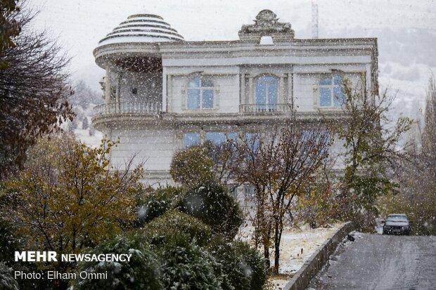 بارش برف پاییزی در سنندج