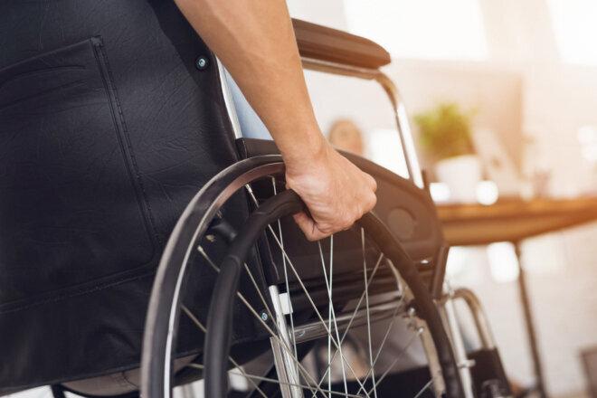 معلولان را در روزهای کرونایی تنها نگذاریم