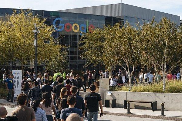 گوگل به جاسوسی و اخراج غیرقانونی کارکنان متهم شد