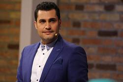 امیرمحمد زند مجری مسابقه خوانندگی «صدای ایرانی»