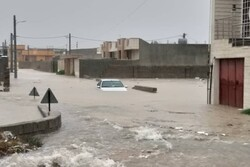 ستاد اجرایی فرمان امام در جبران خسارات سیل در بوشهر مشارکت کند