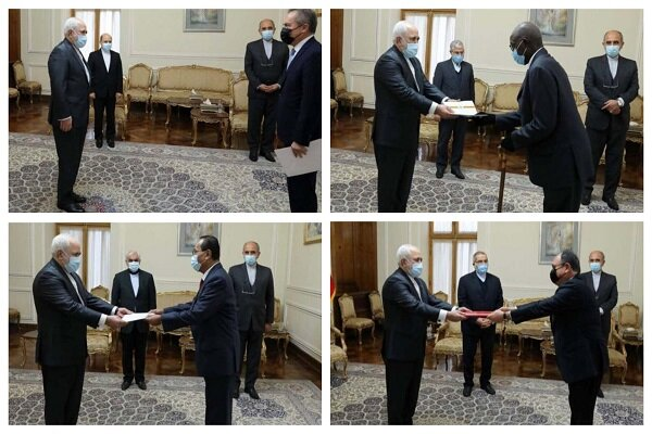 FM Zarif holds talks with envoys from different countries