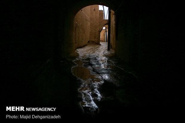 بارش باران رحمت الهی در یزد