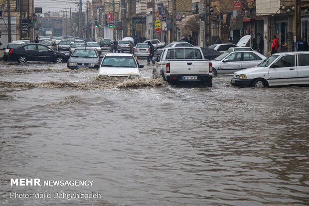 آب گرفتگی معابر در یزد