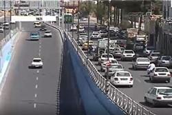 وضعیت ترافیک صبحگاهی در معابر پایتخت/ لغزندگی خیابانها