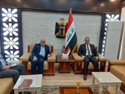 تمتين العلاقات التجارية بین ایدي السفیر الايراني ووزير التجارة العراقي