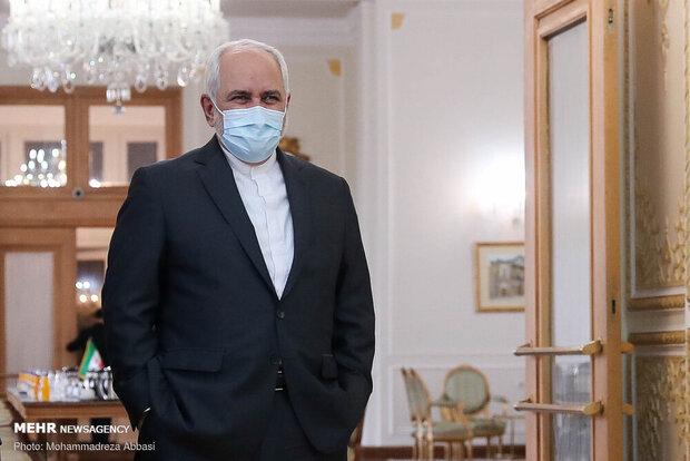 Iran's Zarif reiterates call for dialogue among neighbors