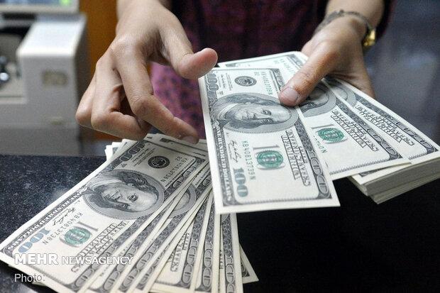 قیمت دلار ۴ فروردین ۱۴۰۰ به ۲۴ هزار و ۲۹۰ تومان رسید