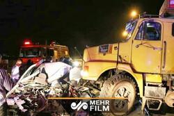 نجات معجزه آسای مرد ۳۲ ساله از زیر کامیون