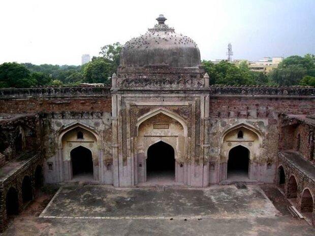 بھارت میں ایک اور تاریخی مسجد کو شہید کرنے کی سازش کا آغاز