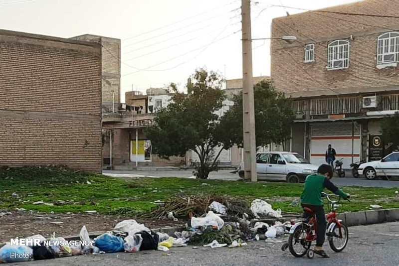 کمبود سطل زباله در دزفول/ درماندگی شهروندان و اعتراض های بی نتیجه