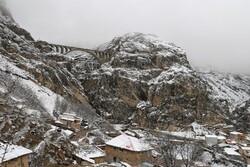 بارش برف پاییزی در« ورسک»