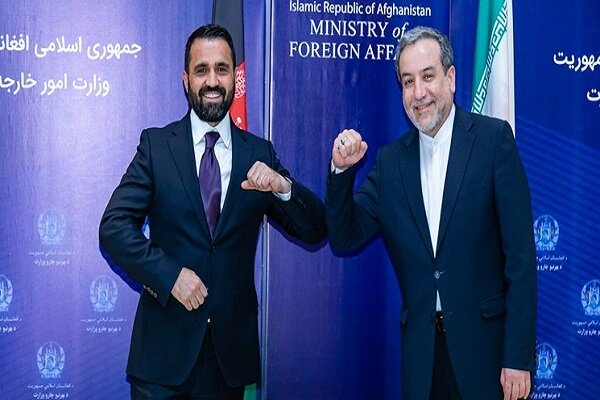 Iran, Afghanistan confer on issues related to Peace Talk